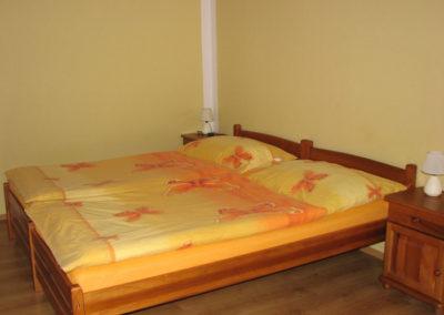 Oranžová izba